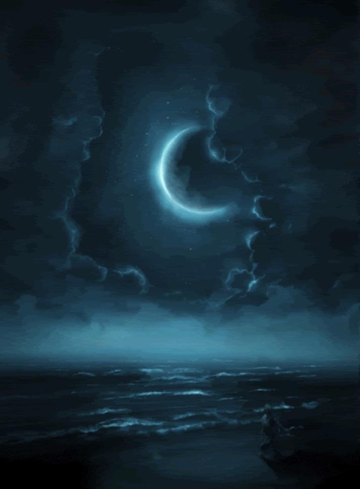 moon-over-ocean